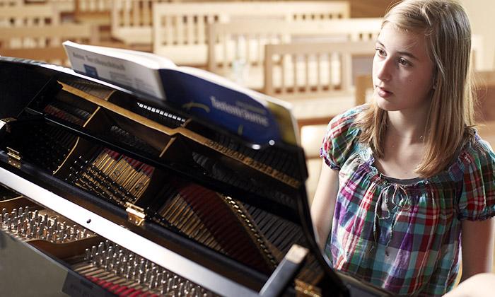 Instrumentalunterricht am Klavier und weiteren Instrumenten