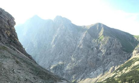 Landheimer besteigen die Zugspitze