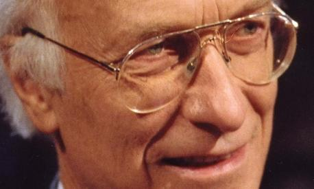 Dr. Bernhard Bueb