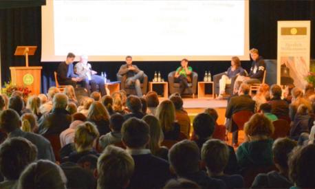 Lehrstunde in Demokratie im Landheim Schondorf